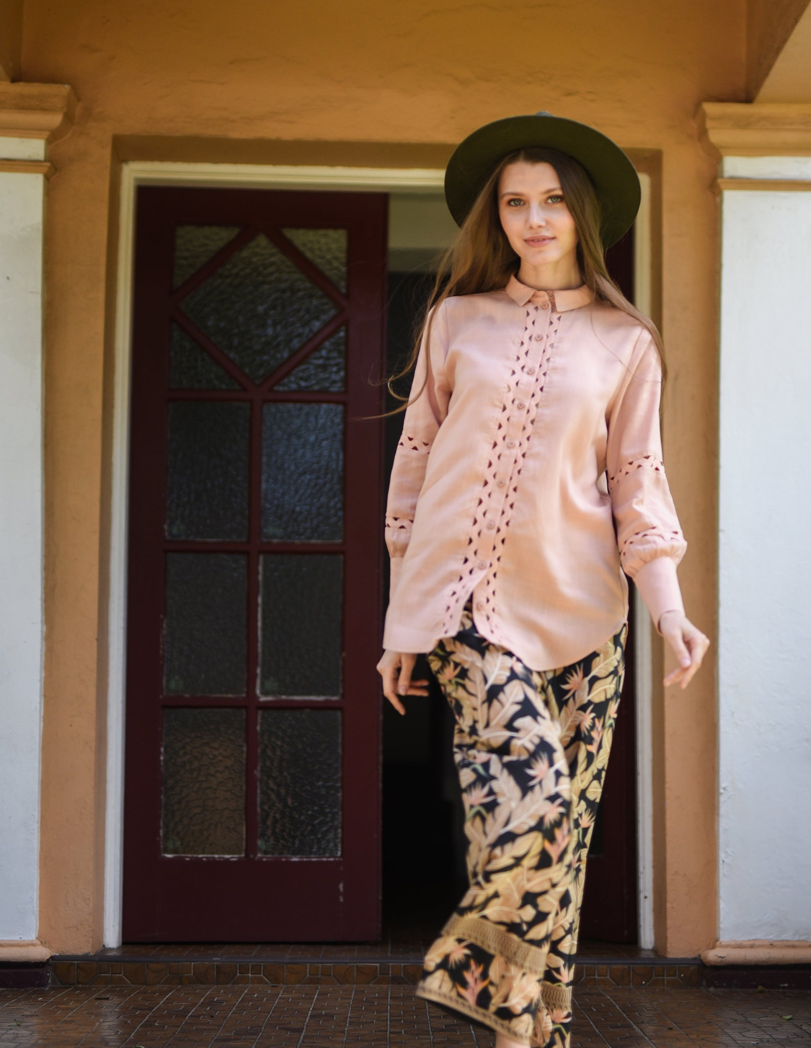 Gretta Shirt in Shell Pink - ISLE & ROW