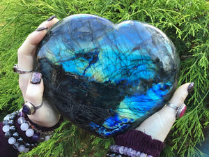 "Labradorite Crystal Large 7 Lb. 7 oz. Heart ~ 8"" Wide ~ Flashy Blue & Gold Rainbow Colors ~ Perfect Gift ~ Altar Display ~ Fast Shipping"