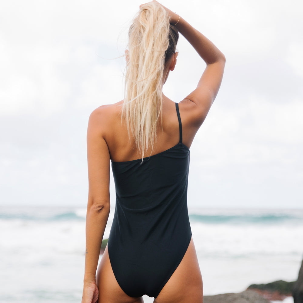 Retro One Shoulder Bathing Suit Solid One Piece Swimwear
