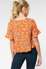 Load image into Gallery viewer, Orange Floral Crop