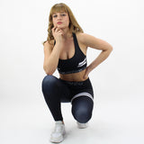 GYMSTYLE-Shiny_Black-Leggings-Squat1