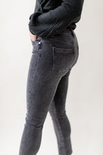 Load image into Gallery viewer, Black Wash Straight Leg Jeans