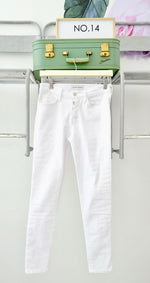 Load image into Gallery viewer, Button Fly White Mid Rise Jeans