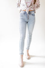 Load image into Gallery viewer, Amelia Hi Rise Skinny Jean