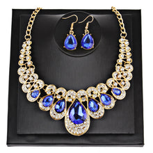 Load image into Gallery viewer, Women Fashion Crystal Necklace Jewelry Statement Pendant Charm Chain Choker