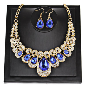 Women Fashion Crystal Necklace Jewelry Statement Pendant Charm Chain Choker