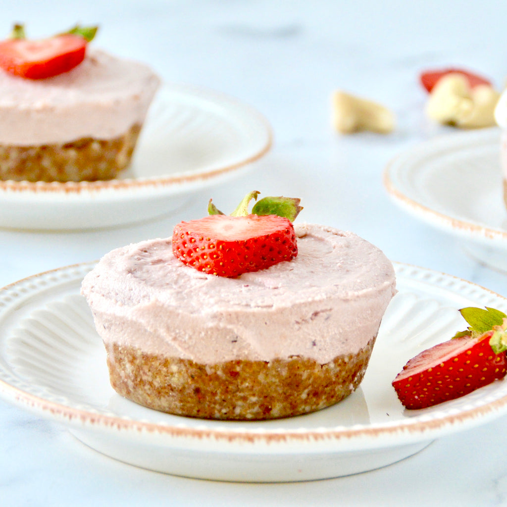 Cashew Strawberry Cheesecake Cups