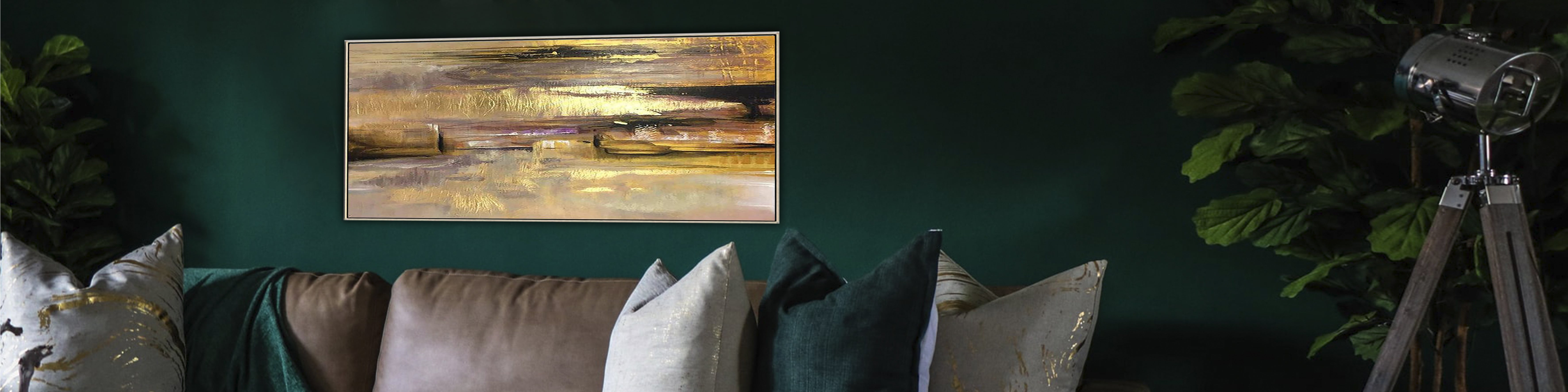 Transform your flat into a glamorous dream: how to decorate a living room with art canvas painting
