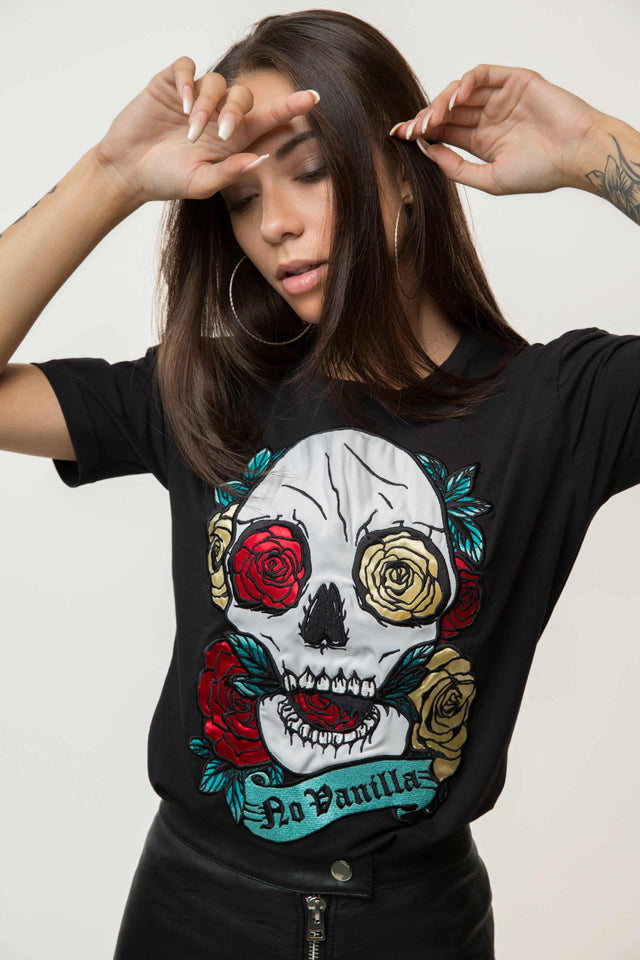 Embroidered Skull Roses T-shirt Woman - BLACK