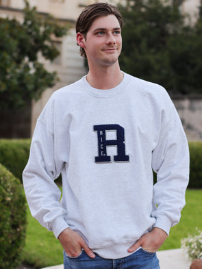 Rice University Owls Vintage Jumbo R Chenille Patch Crewneck Sweatshirt - Ash Grey