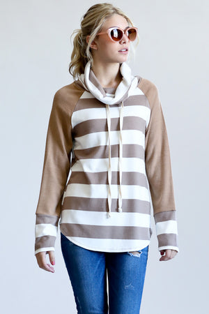 Stripe Contrast Long Sleeve Turtleneck Top
