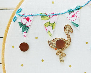 Flossie the Flamingo Magnetic Needle Minder