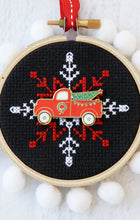 Load image into Gallery viewer, Christmas Truck Needle Minder
