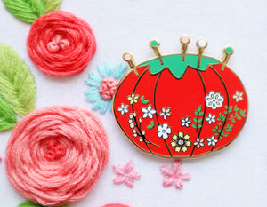 Vintage Floral Pin Cushion Needle Minder