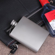 Load image into Gallery viewer, 200ML Titanium Flask