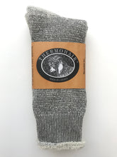 Load image into Gallery viewer, CREW SOCKS - GREY