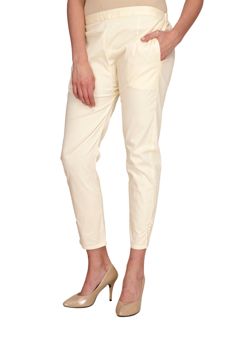 Slim fit off-white pants