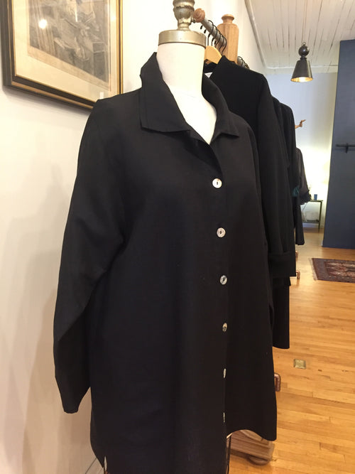Orchard Shirt in Black Silk Linen