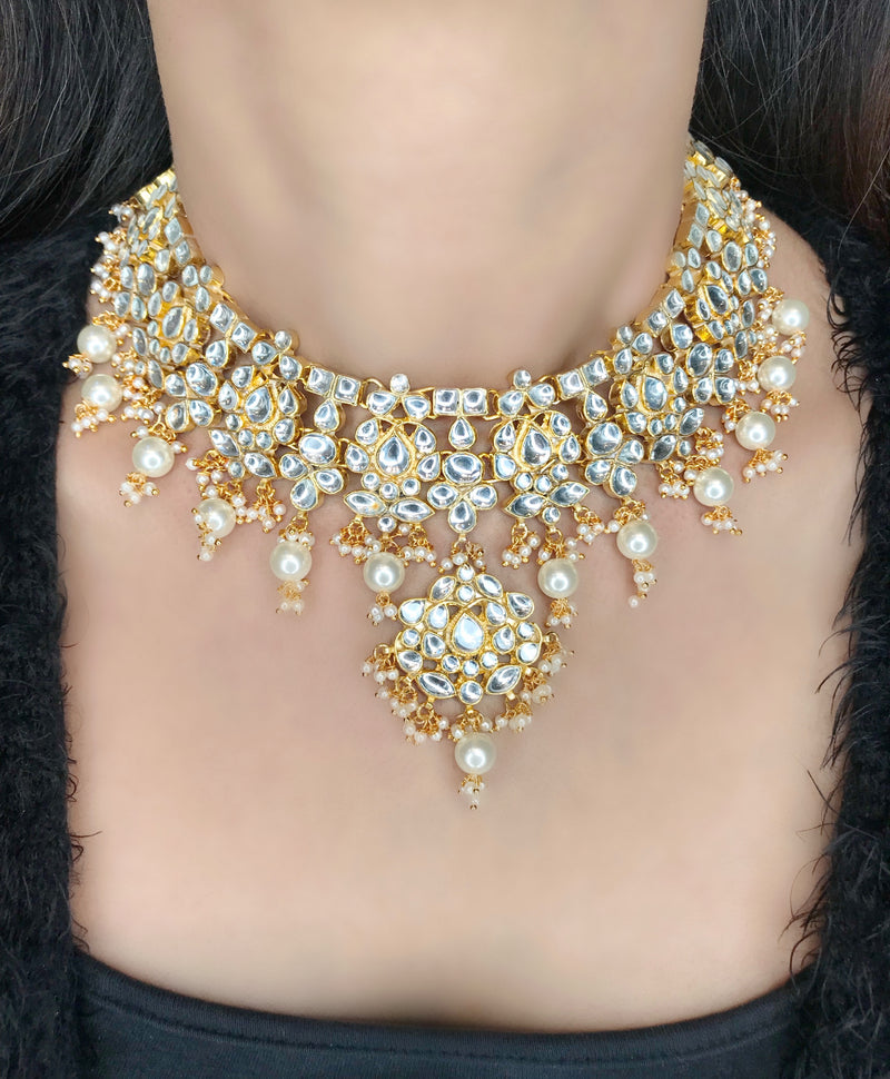 Kundan Pendant Pearl Collar Necklace & Earrings