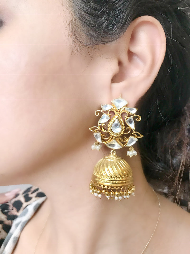 Gold Kundan Jhumka Earrings