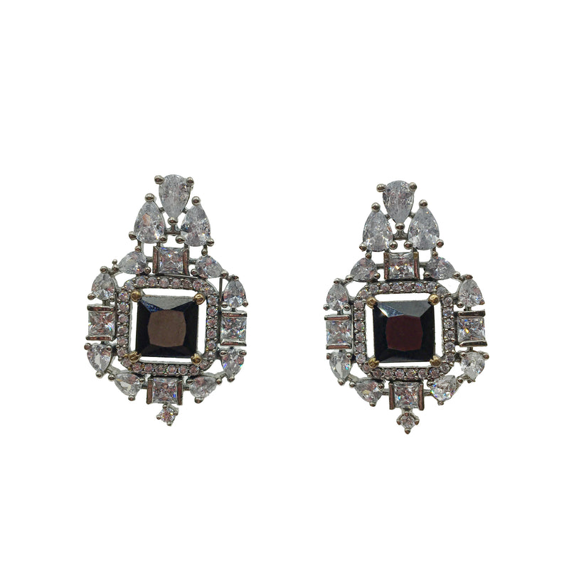 Onyx Square Stud Earrings