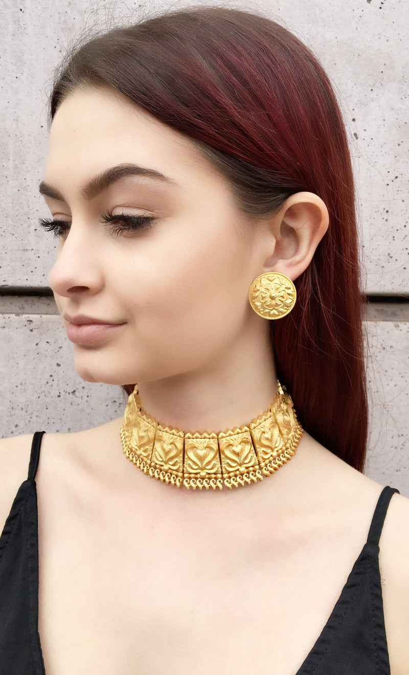 Gold Etched Choker Necklace & Earrings