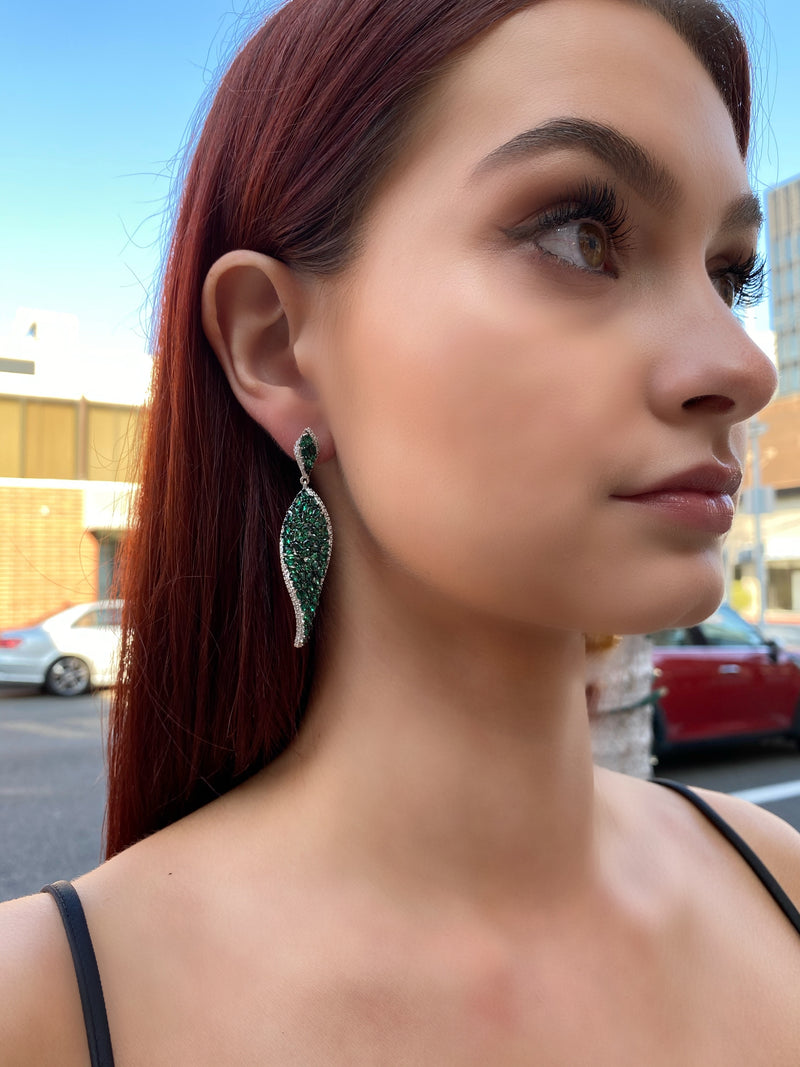 Emerald Cluster Twist Earrings