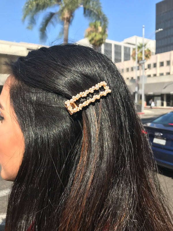 Pearl Open Cluster Rectangle Hair Clip