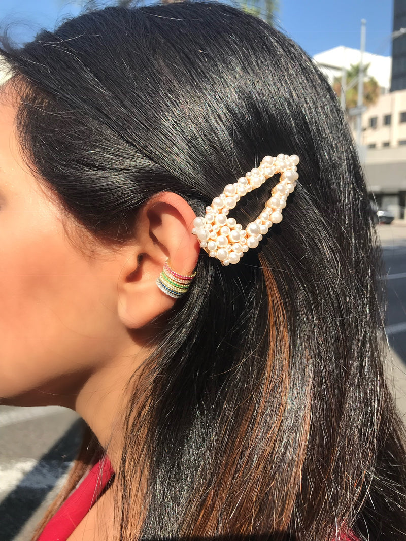 Pearl Open Cluster Triangle Hair Clip