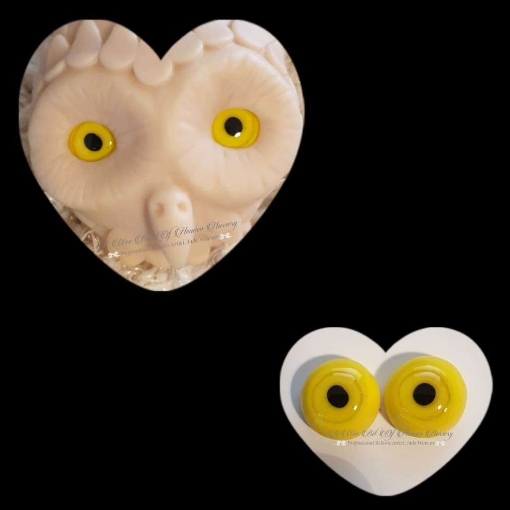 Clay/Resin size 18mm #4 Owl Yellow