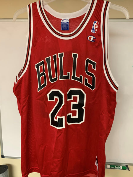 Michael Jordan #23 NBA Vintage Champion Jersey - Vintage - BEST OFFER IS AVAILABLE