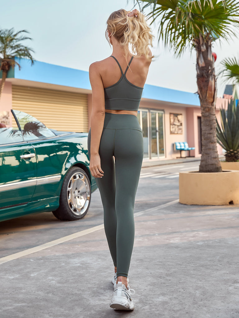 Women Athletic Wear-Sexy Shockproof Bra & Trousers Sexy Feminine Sportswear Joggers Yoga Outfits 2 Piece Set