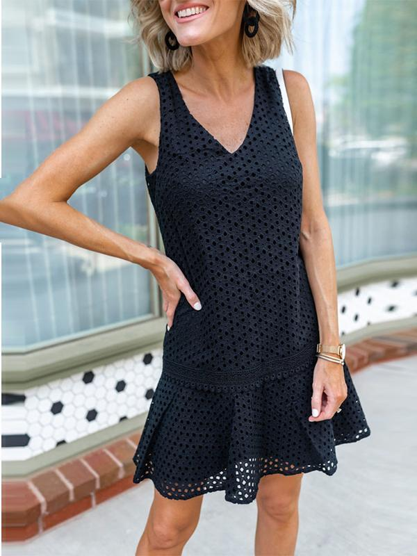 Fashion Sleeveless Sexy V-neck Openwork Lace Women Dress
