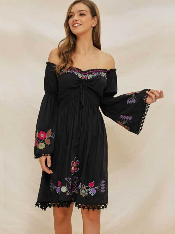Fashion Women Off-shoulder Trumpet Sleeve Embroidered Bohemian Dress