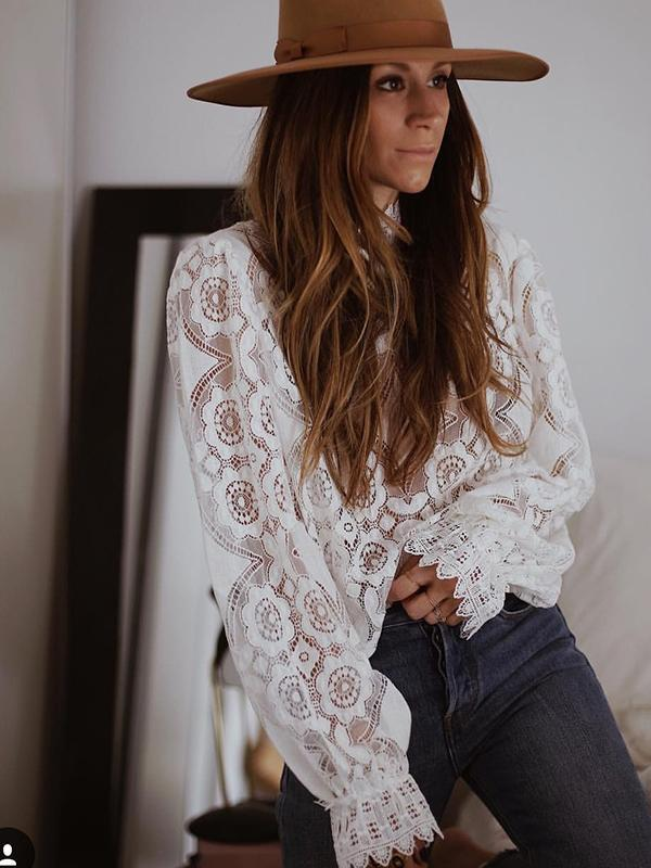 Hollowed-out Puffed Sleeve Blouse