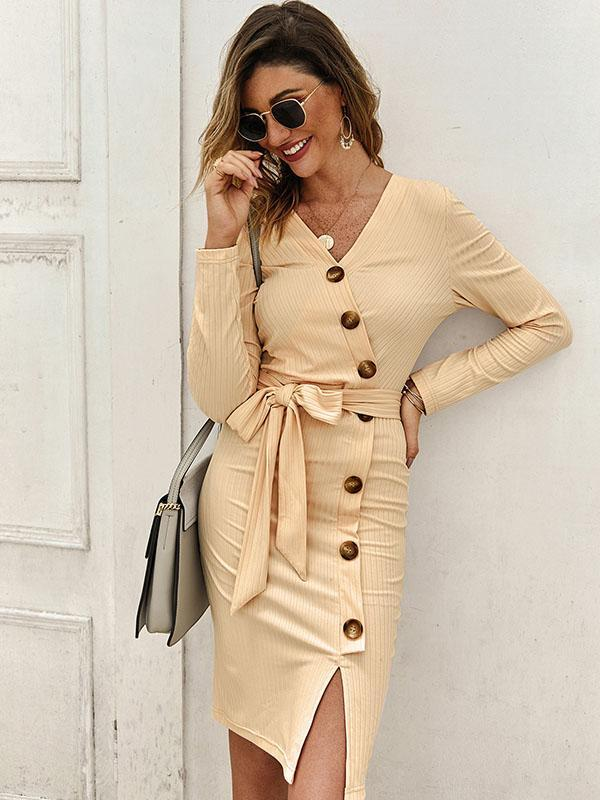 Woman Solid Color Knit Dress With Button