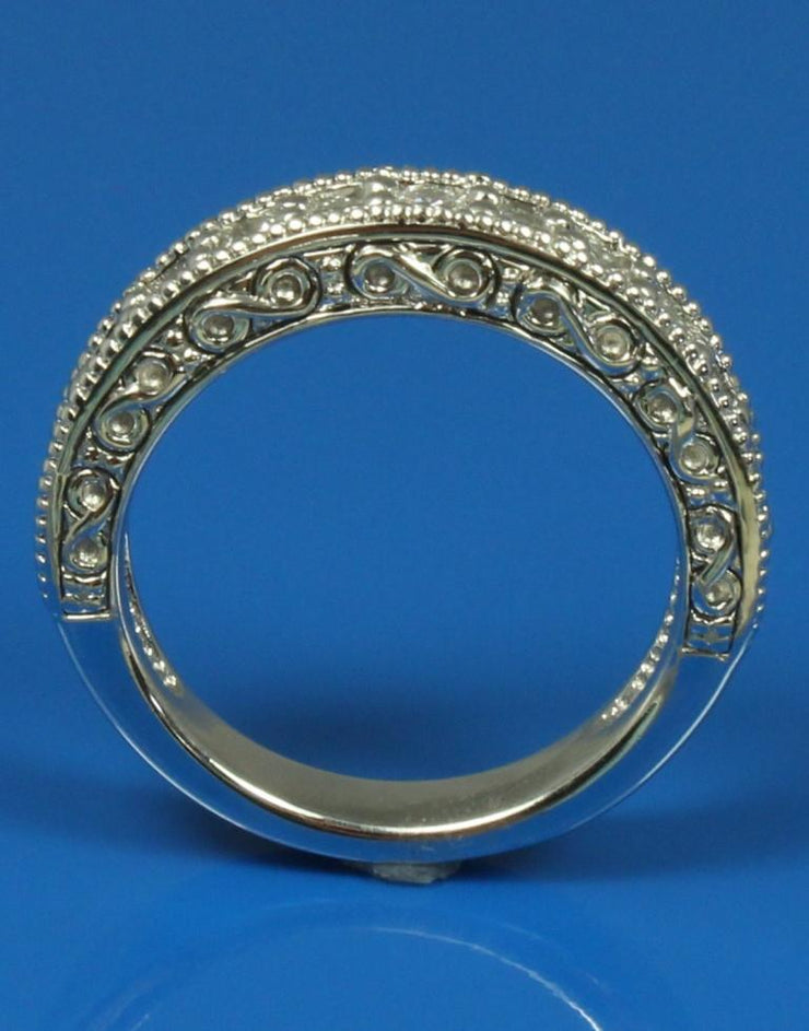 .91ctw Diamond Engraved Band, 120