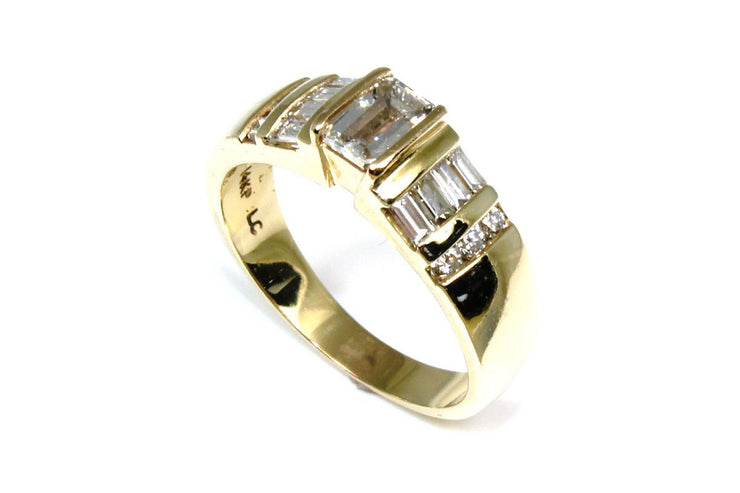 Emerald Cut Diamond 1.06ctw Bar Set Ring