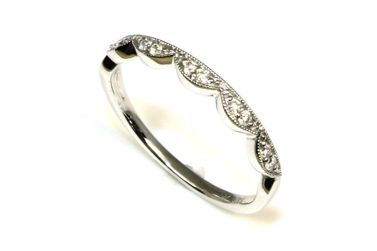 Diamond Scalloped Band