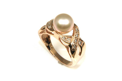 Rose Gold Pearl and Diamond Ring