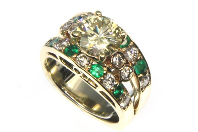 2.44ctw Diamond and Emerald Ring