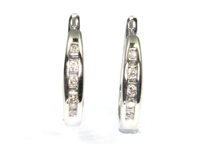 Diamond .28ctw Hoop Earrings