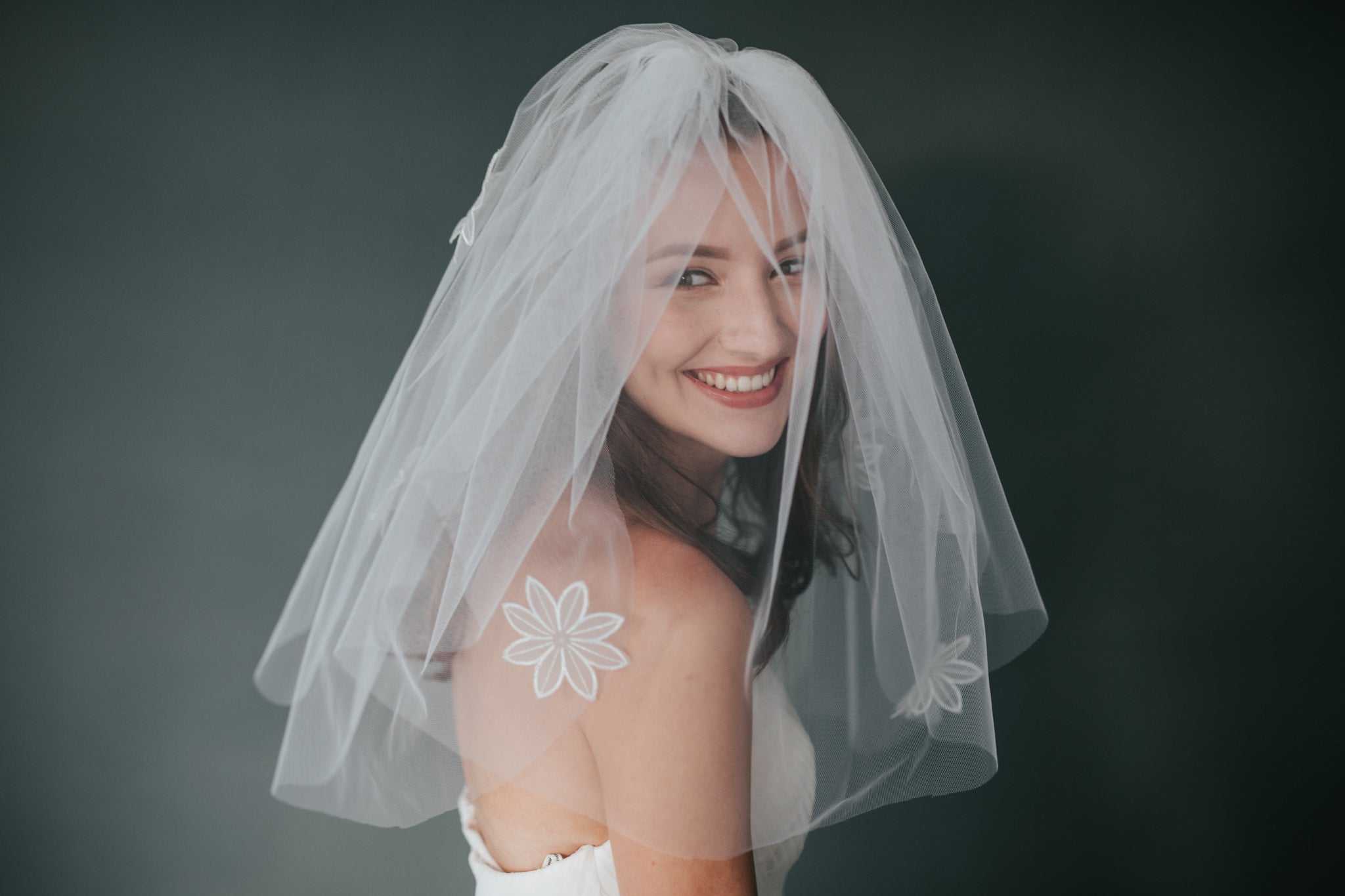 Don't neglect your wedding veil