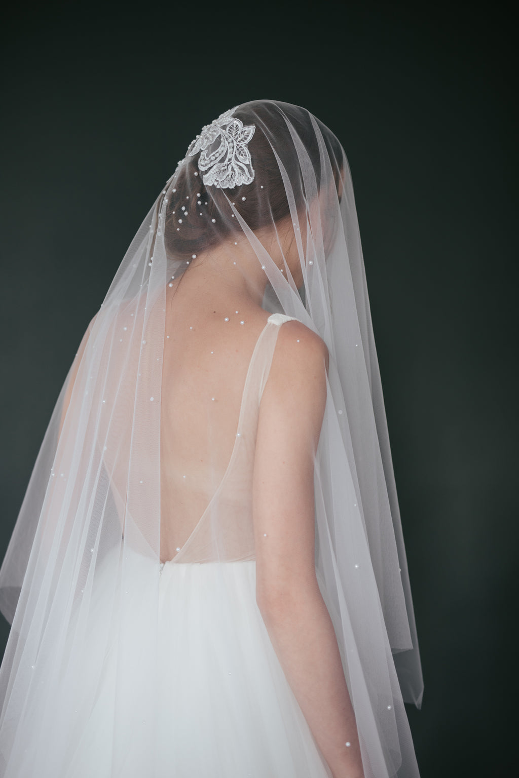 Embroidered and Beaded Long Veil (No.12)