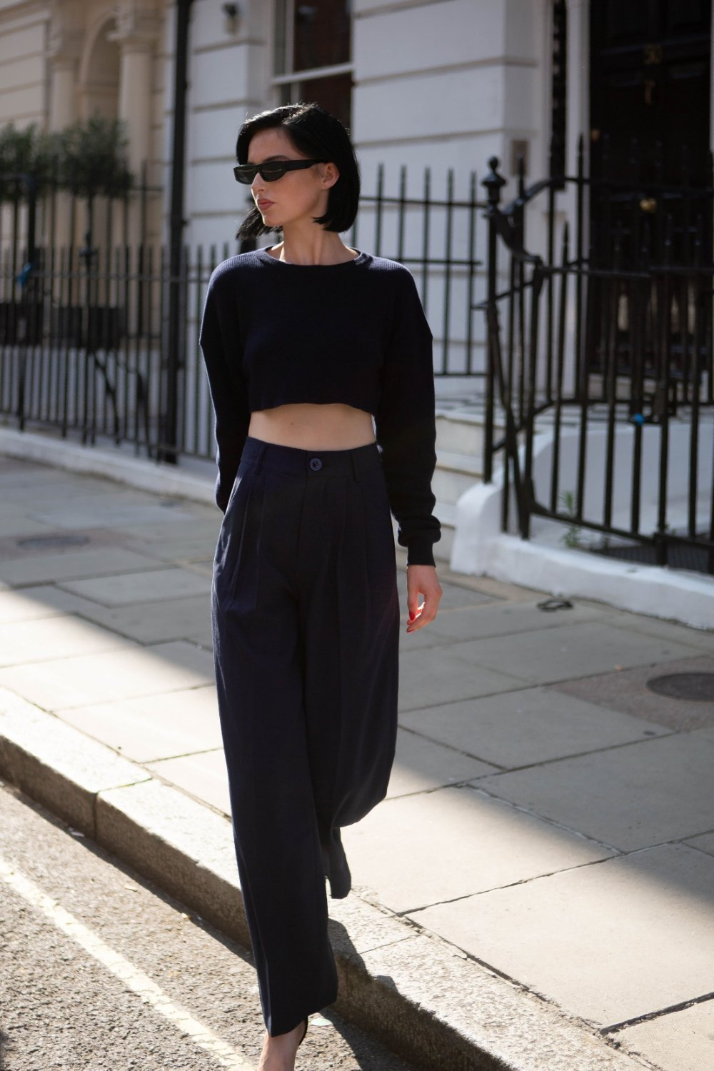 Navy blue crop jumper