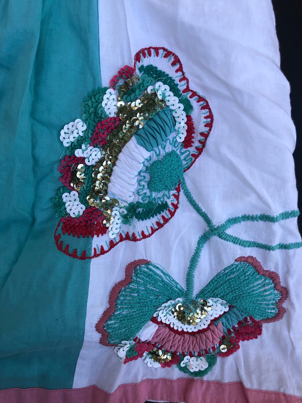 Sleeveless Embroidered Blouse