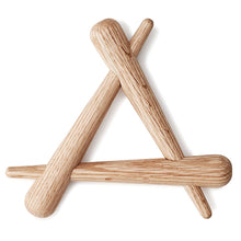 Load image into Gallery viewer, Normann Copenhagen Timber Trivet Oak Main1