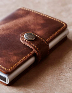 Secrid Miniwallet Vintage Brown Lifestyle