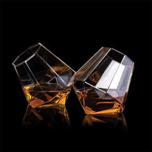 Load image into Gallery viewer, THUMBS UP Diamond Whisky Glasses Set of 2 Lifestyle
