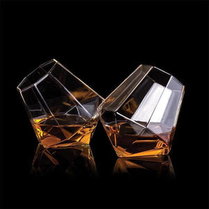 THUMBS UP Diamond Whisky Glasses Set of 2 Lifestyle